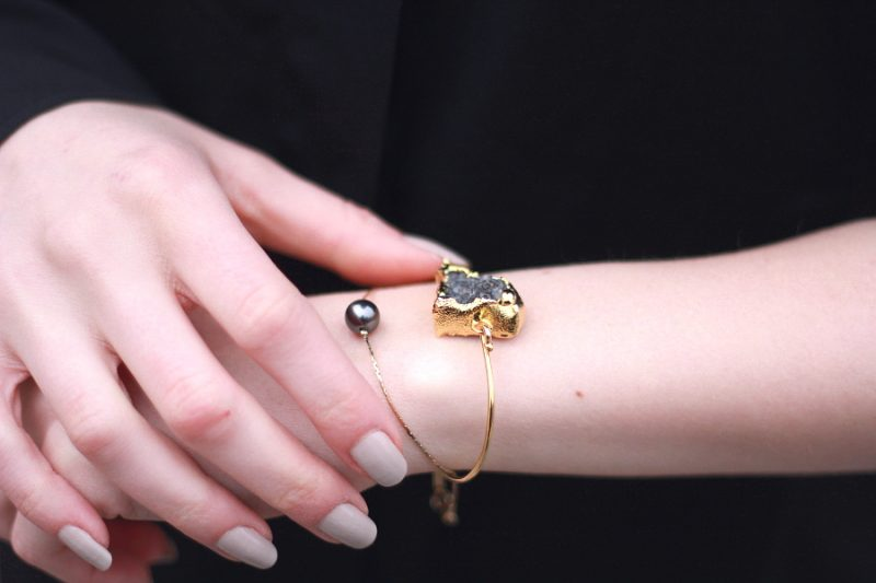 Outfit Details Armbänder Armcandy armreif edelstein perle gold