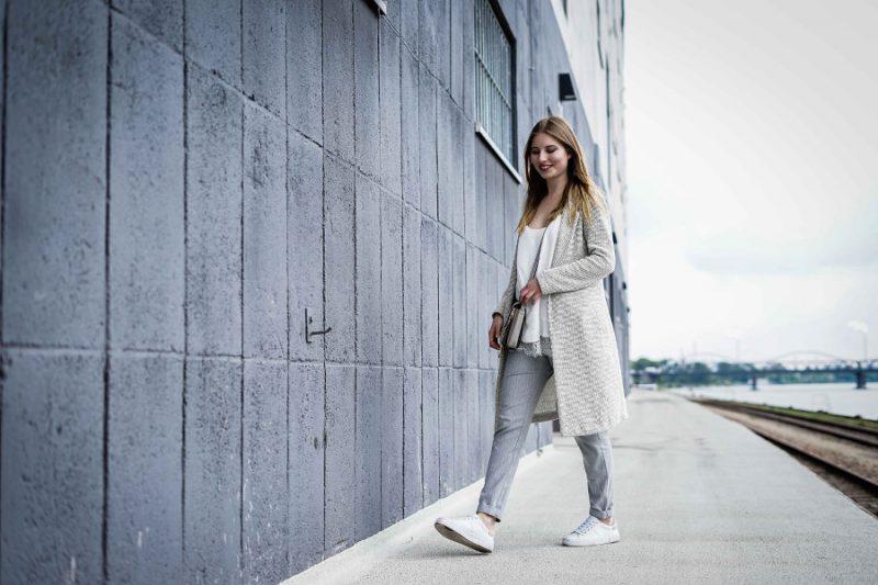 outfit weiß grau blogger look mannheim hafen